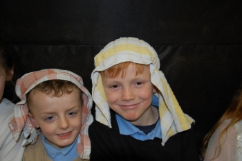 1st2nd Class Play December 2014 015.JPG