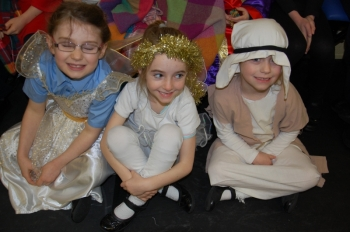1st2nd Class Play December 2014 026.JPG